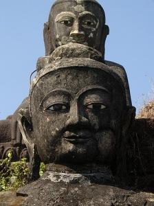 buddha-images-in-mrauk-u.jpg